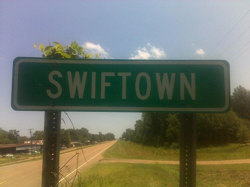 File:SwiftownHighwaySign.jpg