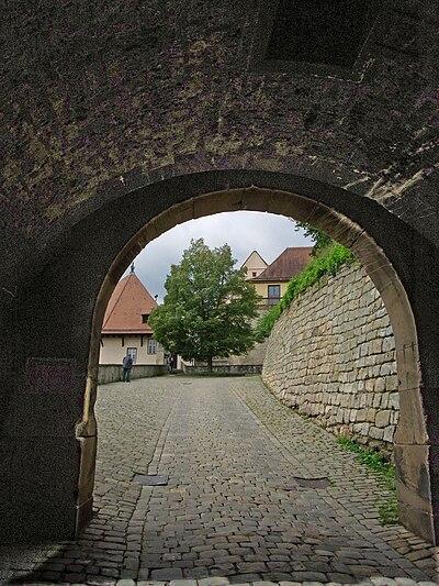 Tübingen-Schloß Hohentübingen-Ulrichslinde52457.jpg