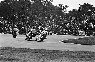 Kenny Roberts - Kenny Roberts (1) pursues Johnny Cecotto (4) and Barry Sheene (7) during the 1978 500cc Dutch TT race