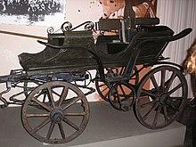 220px-Tachanka_in_Huliaipole_Museum.jpg
