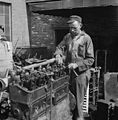 Tennessee-coach-company-mechanic-knox-1943-tn2.jpg