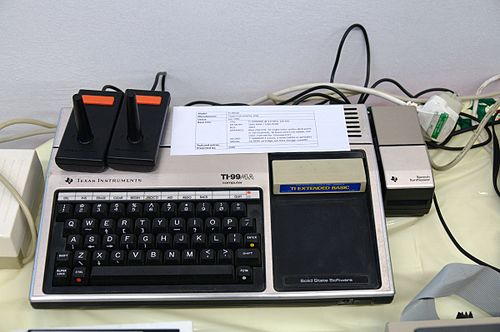 Texas Instruments TI-99-4A - Retrosystems 2010.jpg