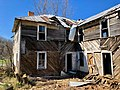 The Old Shelton Farmhouse, Speedwell, NC (46516770905).jpg