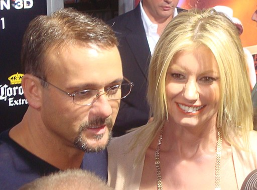 Tim McGraw & Faith Hill AMA 2009 (cropped)