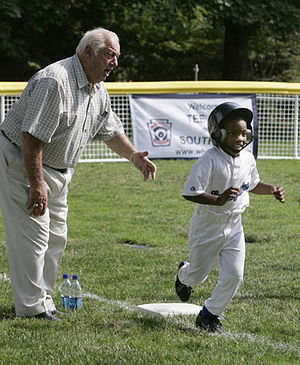 Tommy Lasorda - Tommy Lasorda at White House Tee Ball Initiative in 2007.