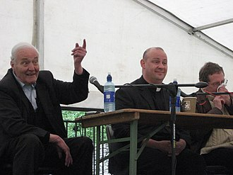 Tony Benn - Tony Benn and Giles Fraser speaking at Levellers' Day, Burford, 17 May 2008