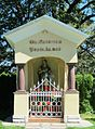 Topol pri Medvodah Slovenia - shrine.JPG