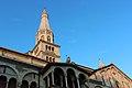 Torre Ghirlandina vista da Piazza Grande Modena.jpg