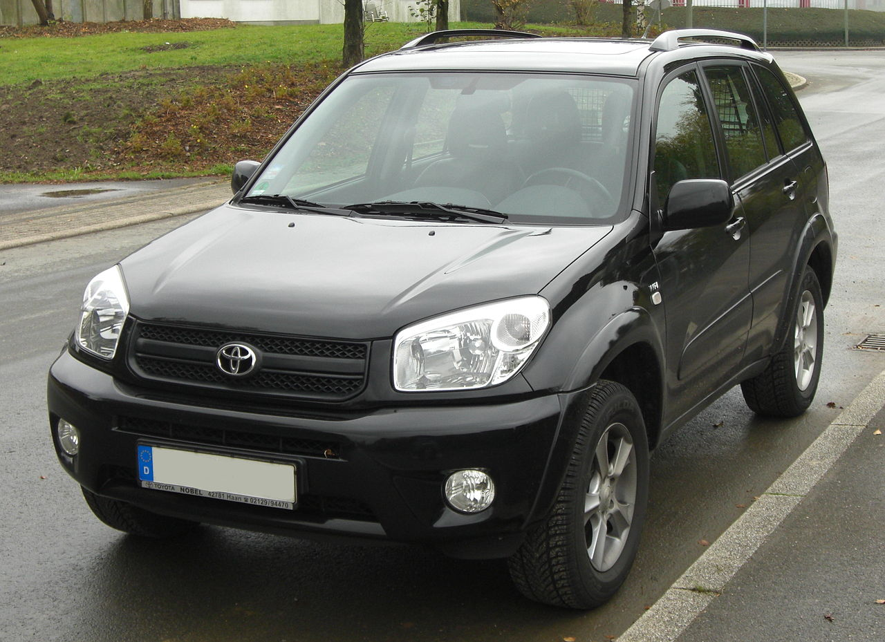 file toyota rav4 2 vvti facelift 2003 2005 front mj jpg wikimedia commons. Black Bedroom Furniture Sets. Home Design Ideas