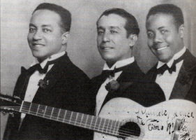 Trío Matamoros, ca. 1930. From left to right: Rafael Cueto, Miguel Matamoros, Siro Rodríguez