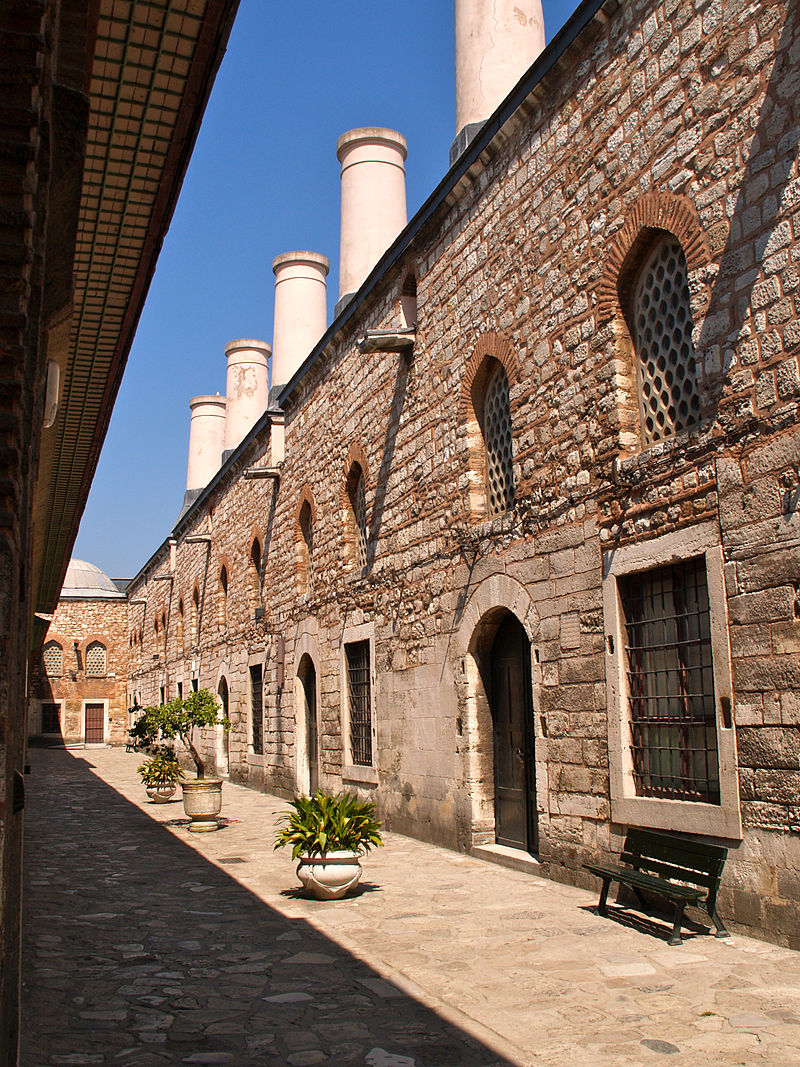 Turkey, Istanbul, Topkapi Palace (3944778057).jpg