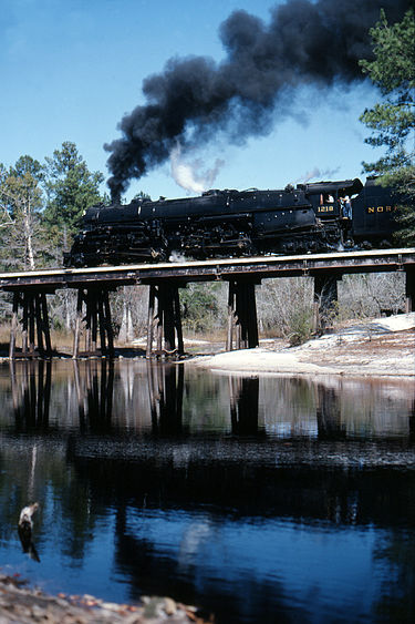 N&W steam locomotive 1218 photographed on a fan trip in 1987 USA RD0 184 NS 1218 THE TOP2.jpg