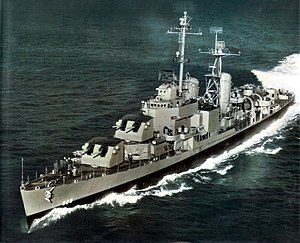 USS Chevalier (DD-805) underway in May 1945.jpg