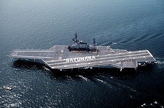 Midway-class aircraft carrier - Image: USS Midway (CV 41) leaving Yokosuka, Crew spelling Sayonara