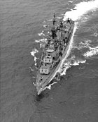 USS Taussig (DD-746) underway off the coast of Oahu on 10 May 1963 (NH 98995)