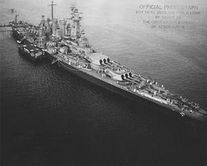 USS Washington aerial view NARA BS 33803.jpg