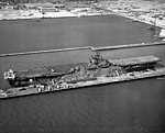 USS Yorktown (CV-10) at NAS Alameda in September 1943.jpeg