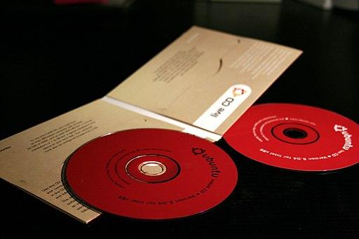 Ubuntu 5.04 CDs