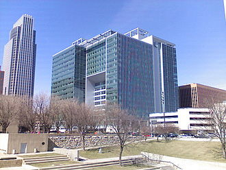 Economy of Omaha, Nebraska - The new Union Pacific Center in downtown