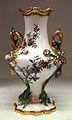 Vase Duplessis Vincennes 1753.jpg