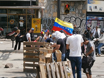 Protests in Altamira, Caracas (2014) Venezuela protests against the Nicolas Maduro government, Altamira Square 6.JPG