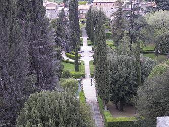 Villa d'Este garden.jpg