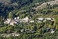 Vue du village d'Escragnolles depuis la piste de Briasq (octobre 2021).jpg