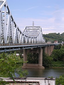 WD Mansfield Memorial Bridge1.jpg