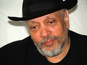 Walter Mosley at the 2007 Brooklyn Book Festiv...
