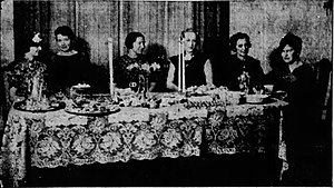 Wanda Brown Shaw - Members of Klamath Falls A.A.U.W. Reception Committee. Tea table at the home of Wanda Brown Shaw on Pacific Terrace, where visiting Oregon representatives od the A.A.U.W. were entertained. From left to right, Mrs. Percy Murray, Mrs. C.A. Henderson, Mrs. Ted Black, Mrs. Louis Serruys, Mrs. Frank Jenkins and Mrs. G.A. Krause