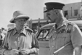 Archibald Wavell, 1st Earl Wavell - Wavell (right) meets Lt. General Quinan, commander of British and Indian Army forces in Iraq in April 1941.