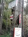 Wegweiser zwischen Steigerthal und Kalkhuette (Kalkhuette 2,3 km).jpg