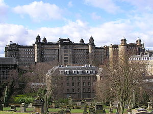 Glasgow Royal Infirmary - The rear of the Glasgow Royal Infirmary's 1914 Centre Block in the background with the Estates building in the foreground, viewed from the Glasgow Necropolis