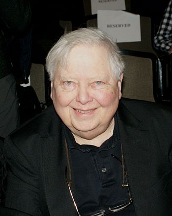 English: William Gass at the 2010 National Boo...