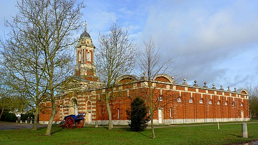 Wimpole Hall Stables - panoramio