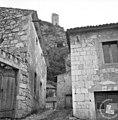Zaradi miniranja skal so popokale stare hiše 1967.jpg
