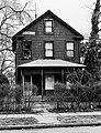 (Select views from across the U.S.)- Sample housing, neighborhoods, 1960's-1970's - DPLA - 1a9c34fcb7310f6b76abace8c37cc72e.jpg