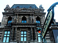 Édicule Guimard de la station Palais-Royal 3.jpg