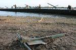 Інженерні підрозділи навели на Дніпрі під Херсоном понтонно-мостову переправу (30381907191).jpg