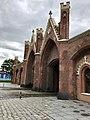 Бранденбургские ворота со стороны входа в магазин марципана.jpg