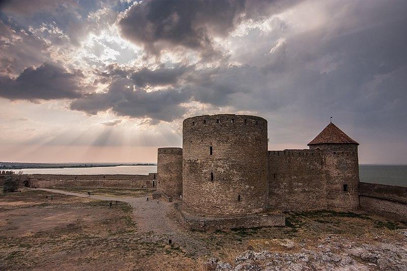 Генуезький замок за заході сонця, Білгород-Дністровський