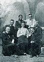 Група українських письменників, що зібрались у Полтаві на відкритті пам'ятника Котляревському.jpg