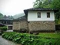 """Изградената в Етъра църква """"Свето Богоявление"""" с училище е копие на храм от с. Радовци, община Дряново от 1868 г. - panoramio.jpg"""