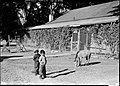 00185 Grand Canyon Historic Havasupai Children 1938 (6709529143).jpg
