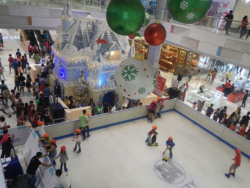 File:02157jfSM Storyland Mobile Ice Rink Baliuagfvf 14.jpg