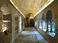 094 Monestir de Sant Benet de Bages, claustre, galeria sud.jpg