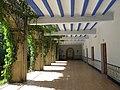 104 Monestir de Sant Benet de Bages, galeria de Montserrat.jpg