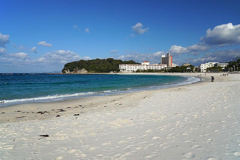 File:131221 Shirarahama Beach Shirahama Wakayama pref Japan01s3bs.jpg