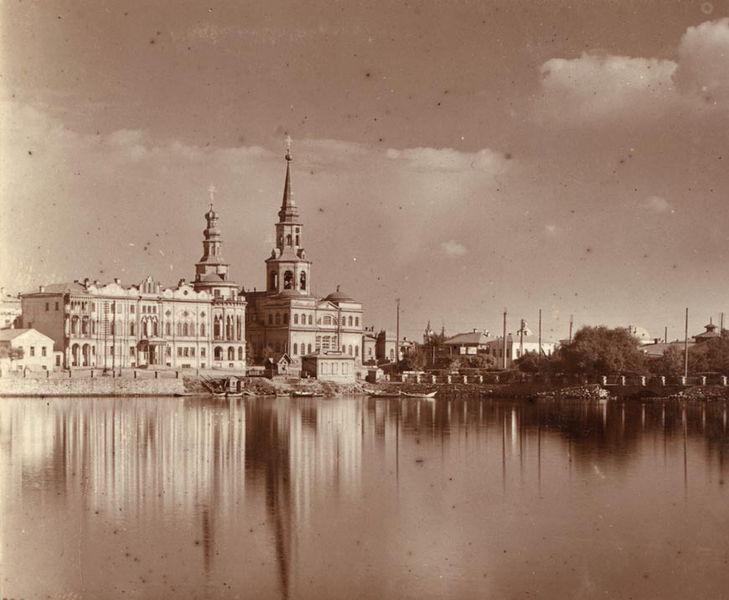 Файл:1910Екатерининский собор.jpg
