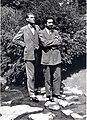 1933 juillet 23 de g. à dr. l'architecte Léon van Dievoet et l'écrivain Jean Groffier Parc Josaphat.jpg